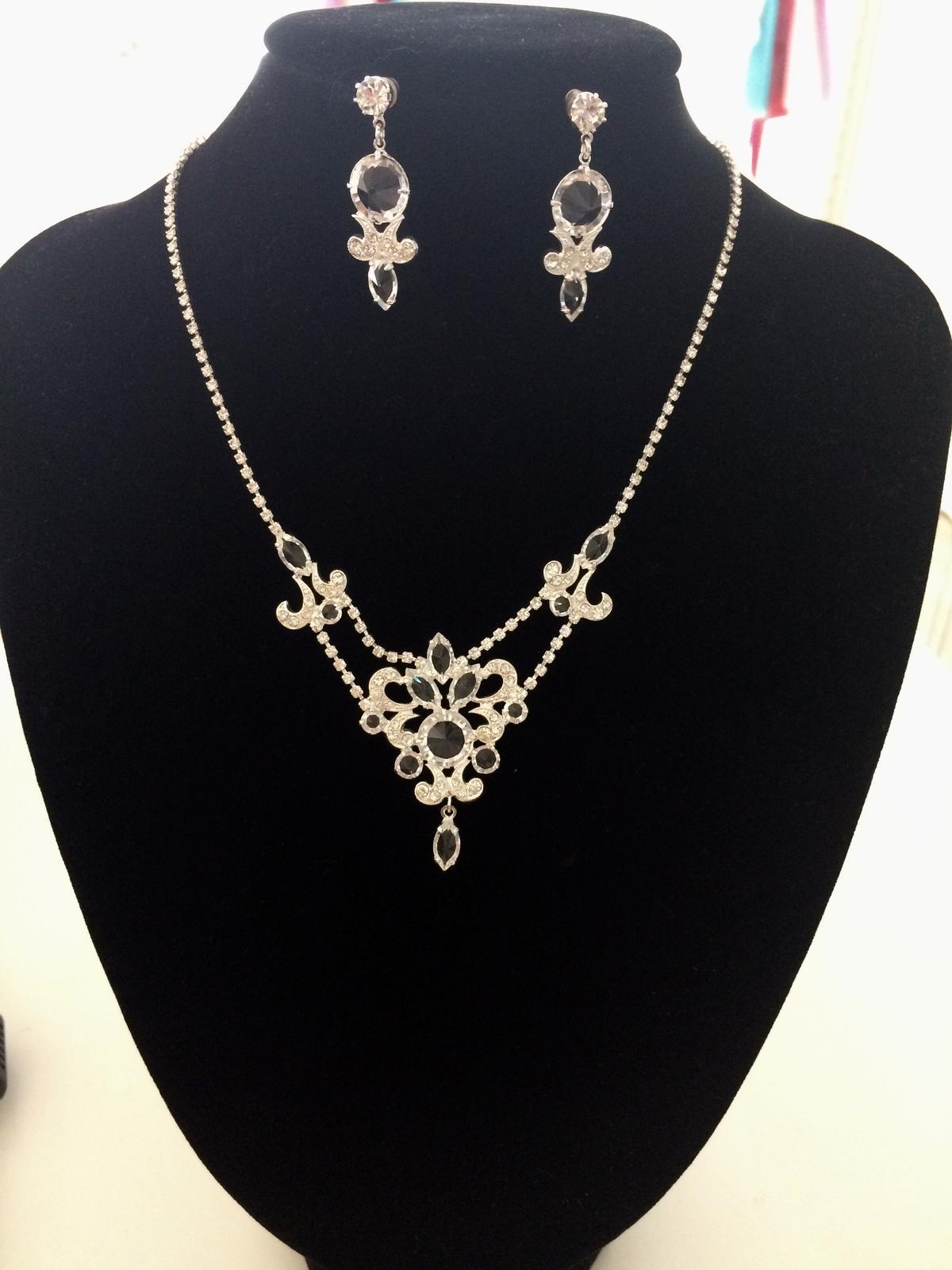Set - náhrdelník a náušnice - NOVÝ TOVAR - Obrázok č. 1