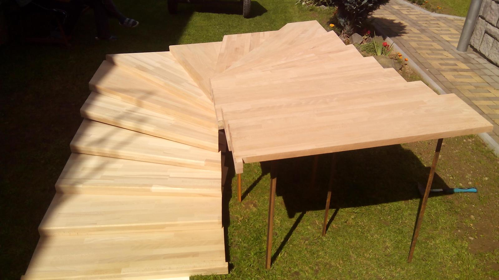 dreveneschody - Výroba schodníc (schodiska BUK) na mieru obrázok č.3.