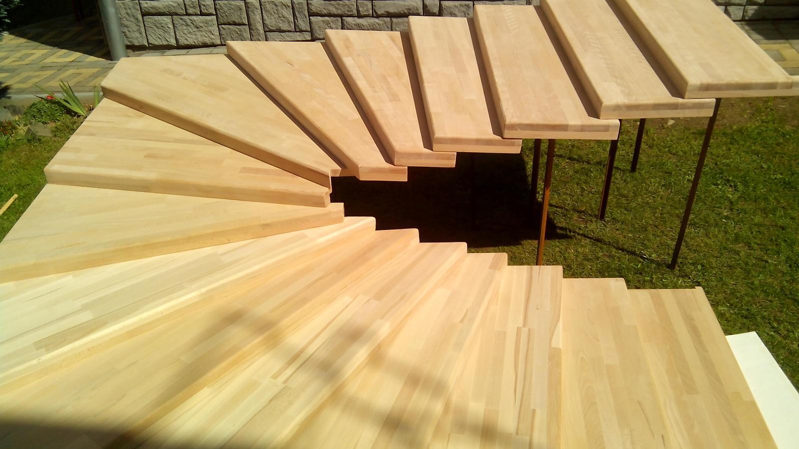 dreveneschody - Výroba schodníc (schodiska BUK) na mieru obrázok č.7.