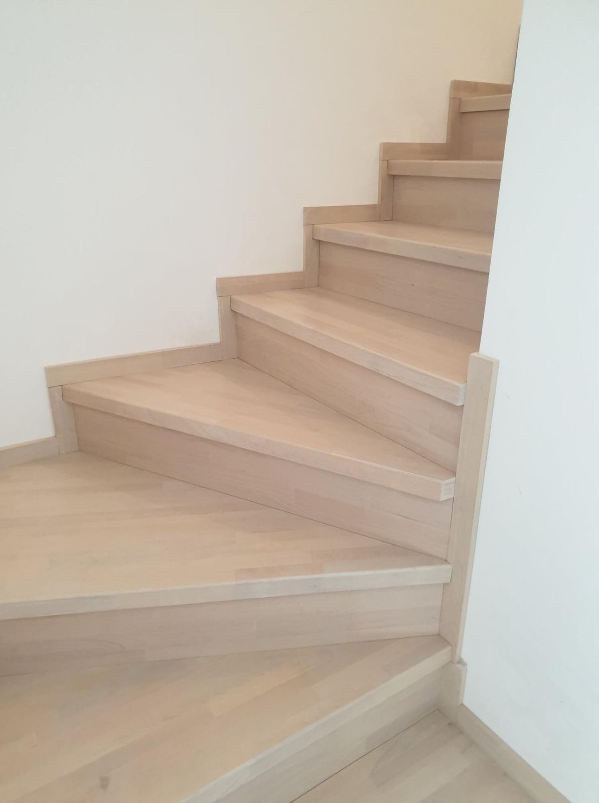 Drevené schody na mieru - BUK - 399 - Obrázok č. 1