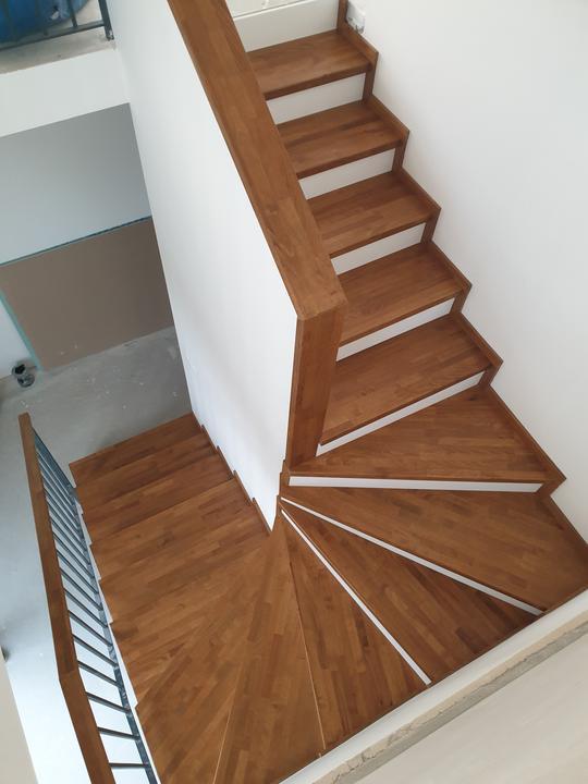Drevené schody na mieru - BUK - Mezonet -Presov - Obrázok č. 1
