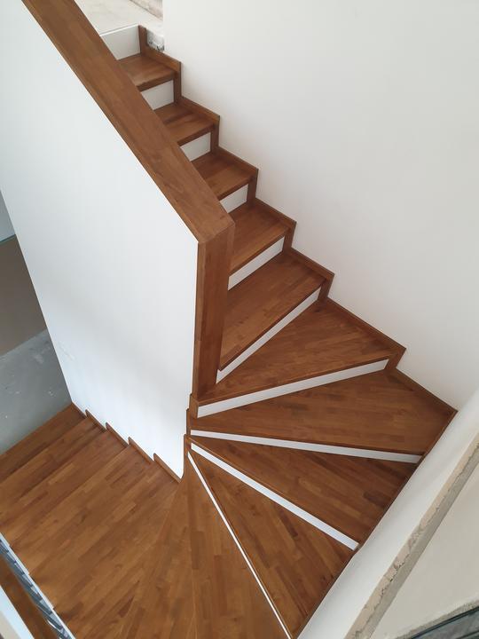 Drevené schody na mieru - BUK - Mezonet -Presov - Obrázok č. 4