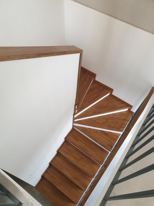 Drevené schody na mieru - BUK - Mezonet -Presov - Obrázok č. 7