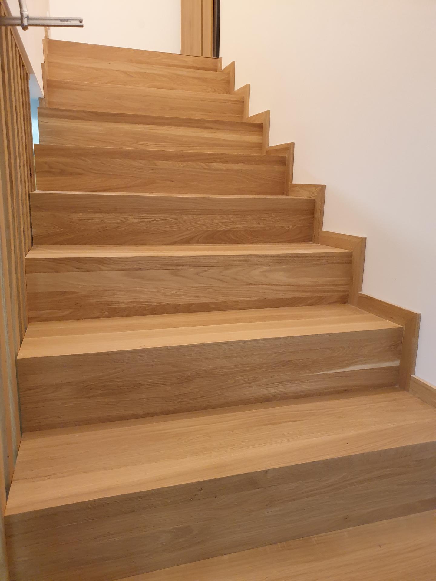 Moderné schodisko - DUB + lamely - Obrázok č. 10
