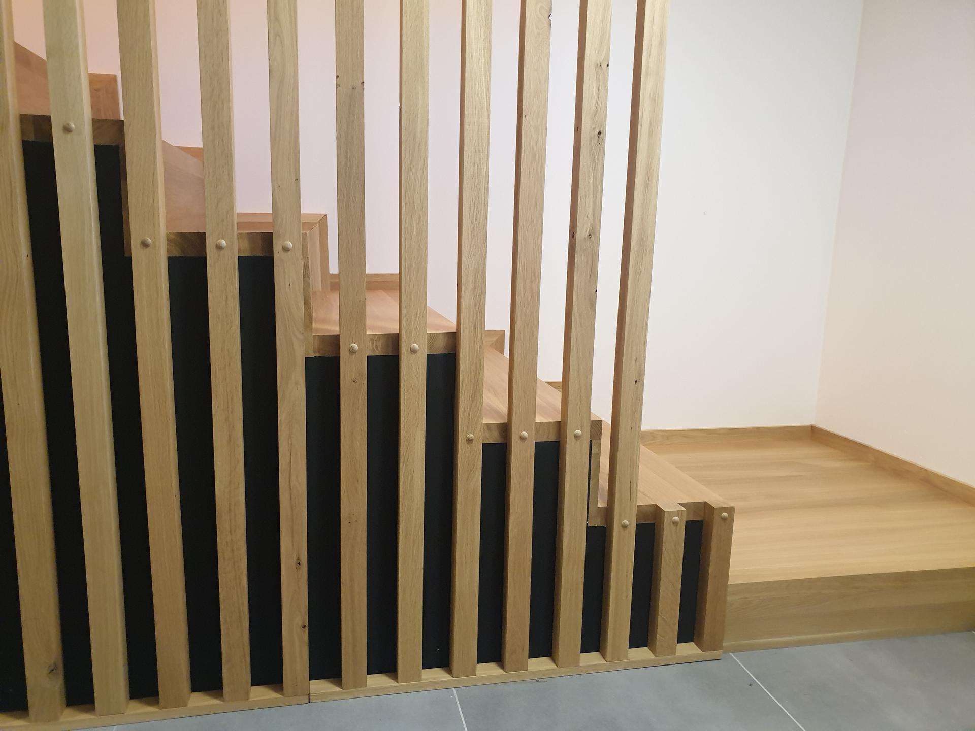 Moderné schodisko - DUB + lamely - Obrázok č. 12