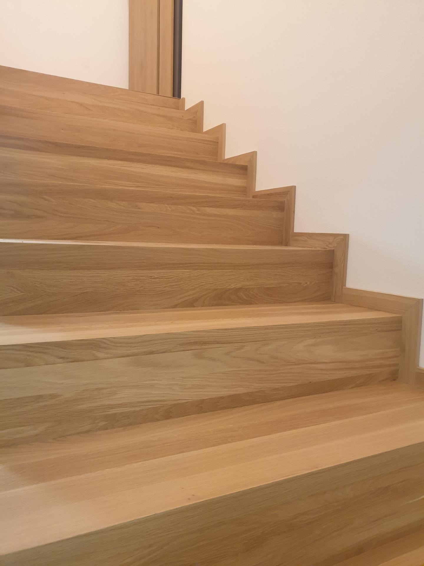 Moderné schodisko - DUB + lamely - Obrázok č. 17