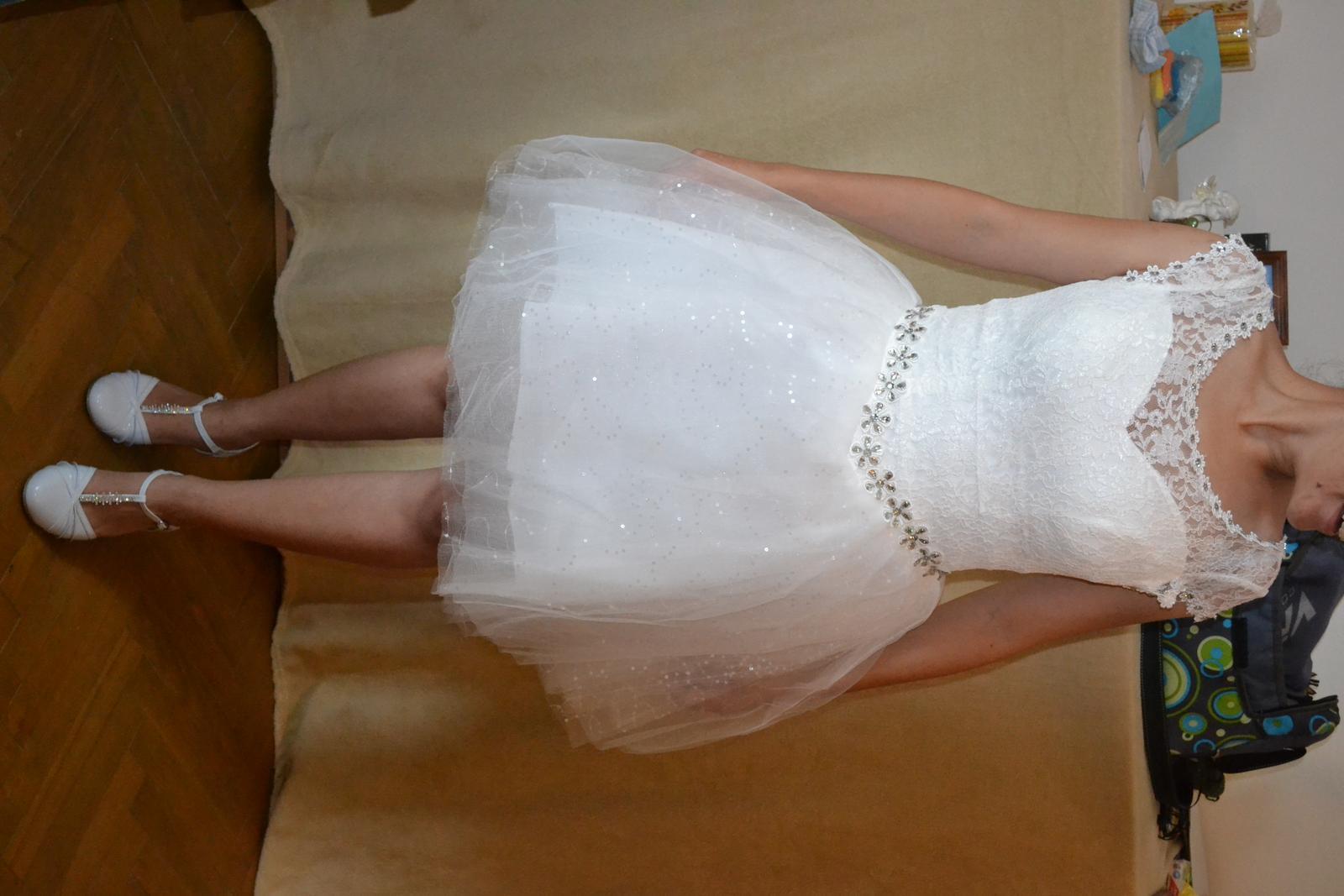nepoužité čipkované  krátke šaty- cena s poštou - Obrázok č. 1