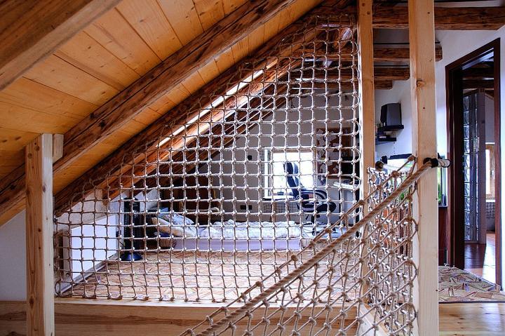 Na chatě u Pejru - jak jednoduše vyřešit zábradlí