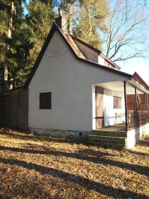 Na chatě u Pejru - naše chata o Silvestru, mínus 6 stupňů