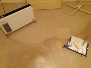 započata rekonstrukce ložnice - vylití podlahy