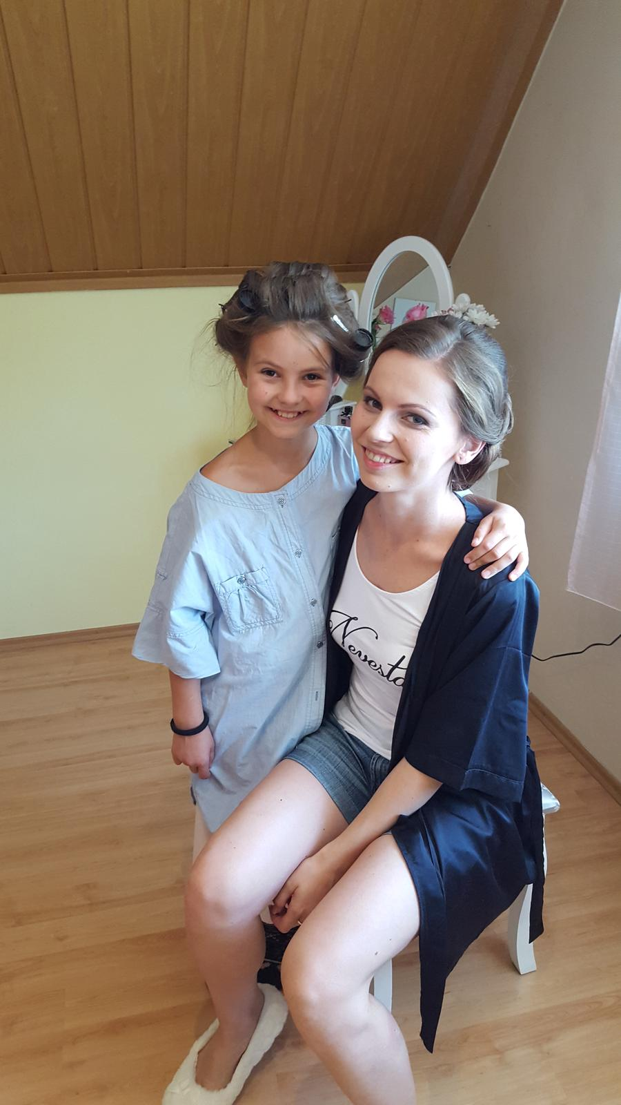 ♥ Baška{{_AND_}}Peťo ♥ - S mojou sestričkou pri prípravách ❤