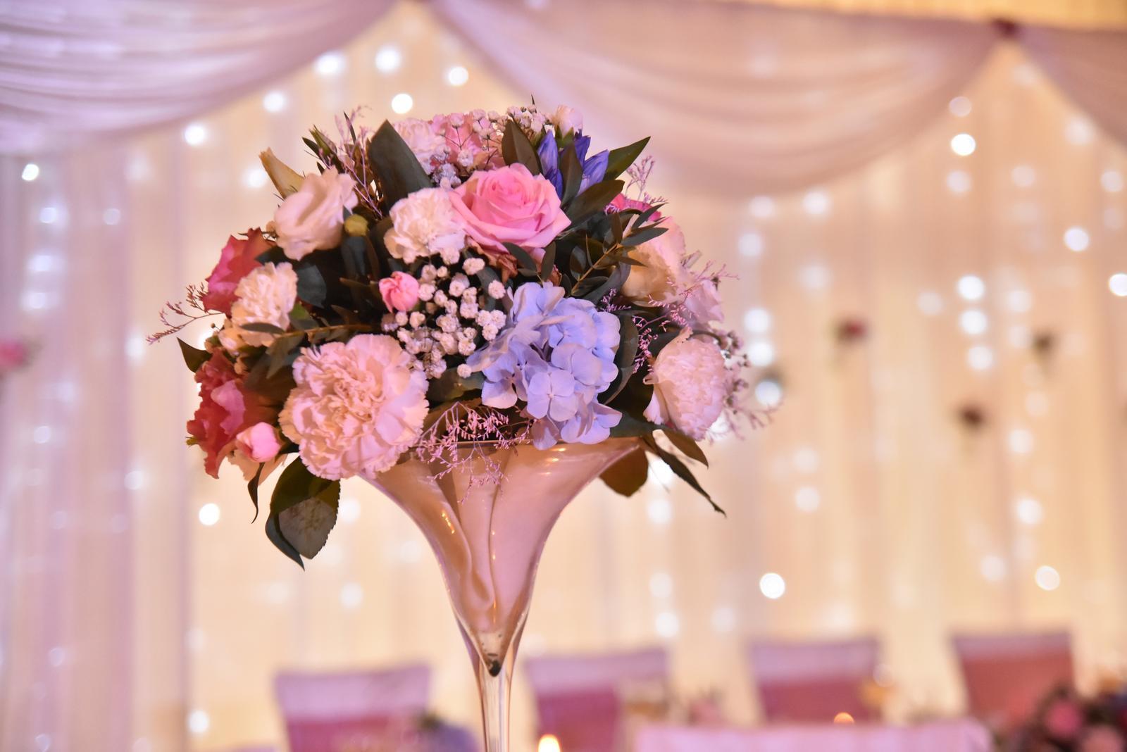 ♥ Baška{{_AND_}}Peťo ♥ - Vysoké vázy na stoloch