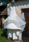 Svatební šaty vel.36/38 + kabátek, 36