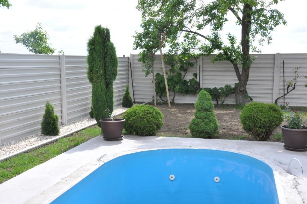betonovy plot - Obrázok č. 2