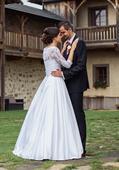 Saténové svadobné šaty so šnurovačkou , 36