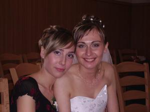 tady jsem se svou sestřičkou Esterkou