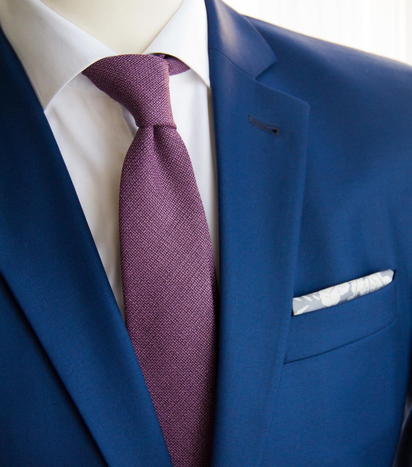 bubibubi_ties - Fialová vlněná kravata a kapesníček s ornamentem.