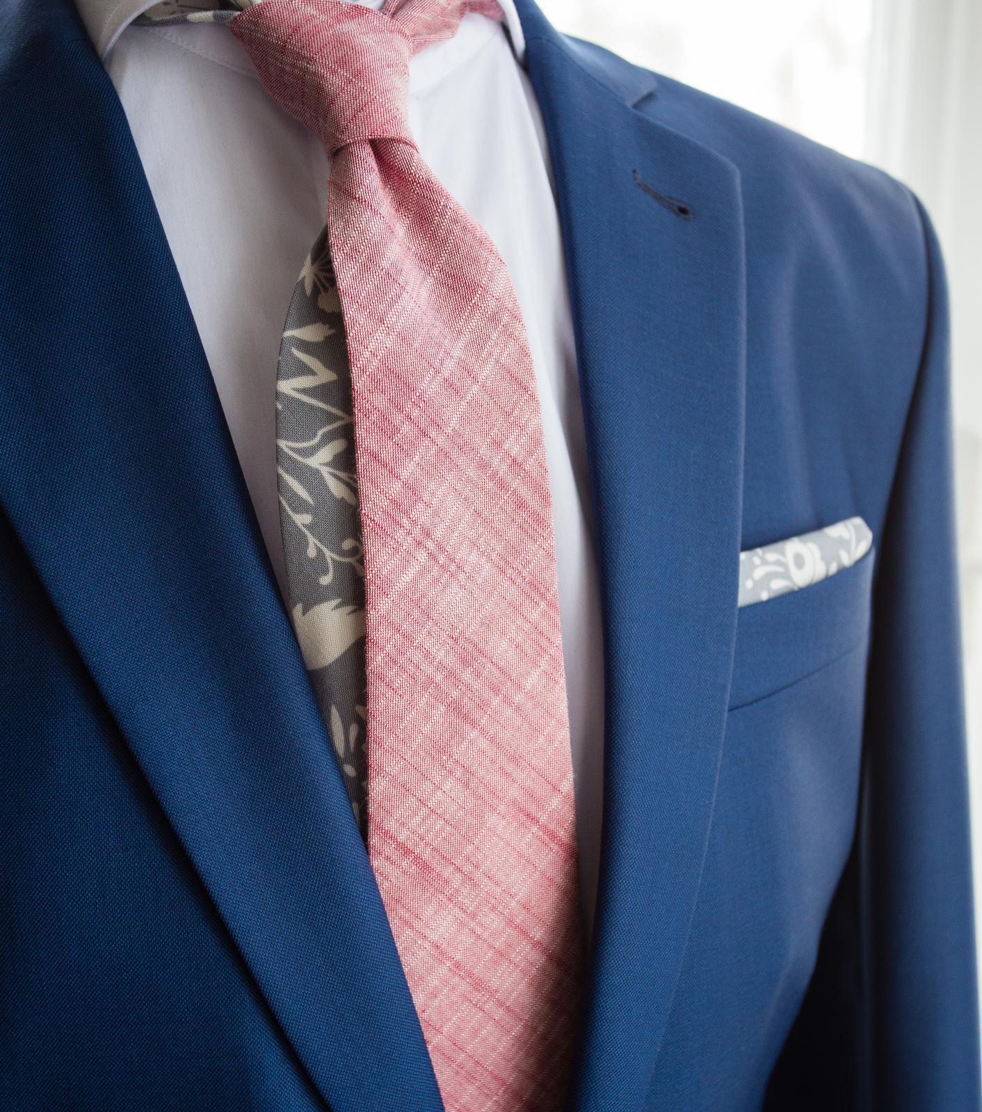 Červená pastelová kolekce kravat a motýlků - Pastelová kravata.