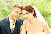 Vase kravaty a kapesnicky jsou uzasne!! Prikladam fotografii z nasi svatby, kde manzela zdobila kravata i kapesnicek od vas;)