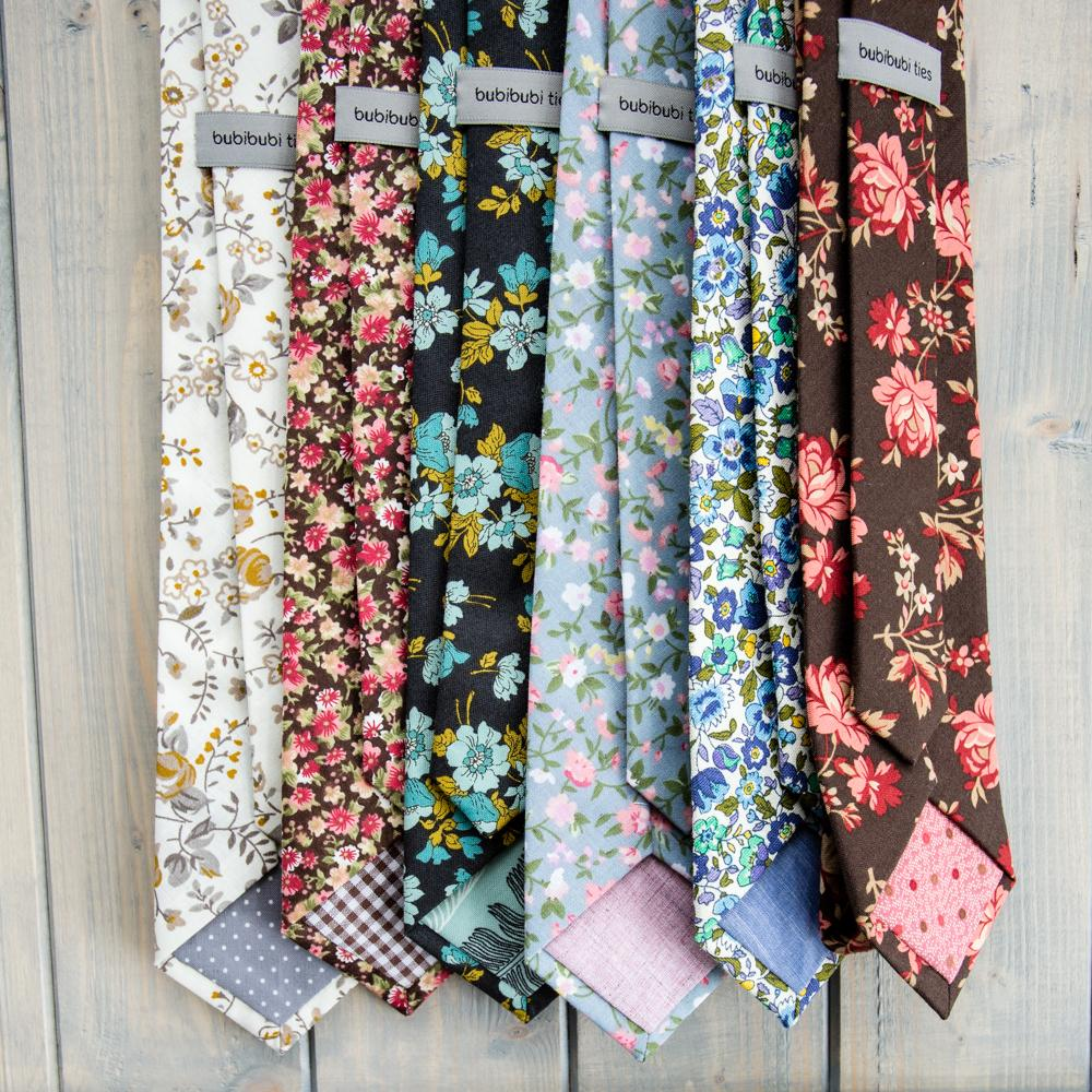 Svatební kravaty s květy - Svatební kravaty s květy