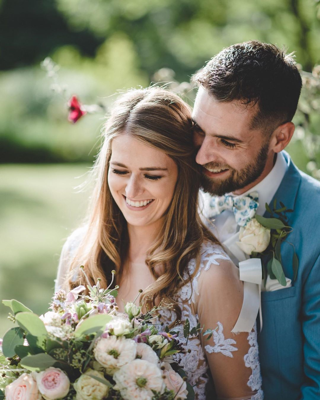 Kravaty, Motýlky a kšandy na svatbě - Foto: Ondřej Kaftan - Fotograf