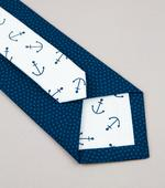 Twin kravata tmavomodrá s kotvami,