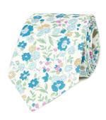 Bílá kravata s modrými květy,