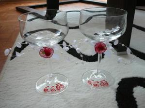 hotové skleničky na přípitek
