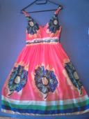 Kvietkované krátke šaty, M