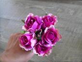 Růžičky na drátku,