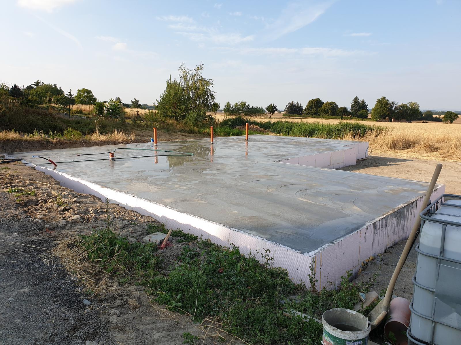 Bungalov s plochou střechou - Obrázek č. 49