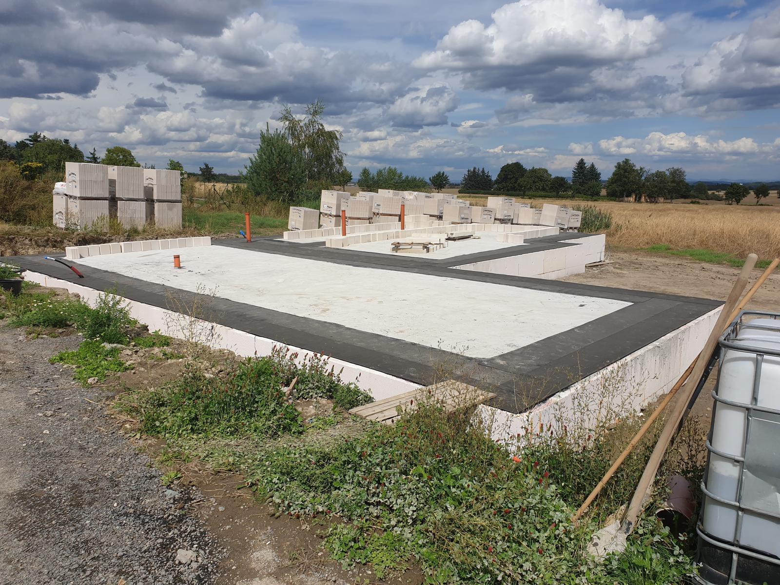 Bungalov s plochou střechou - Obrázek č. 60