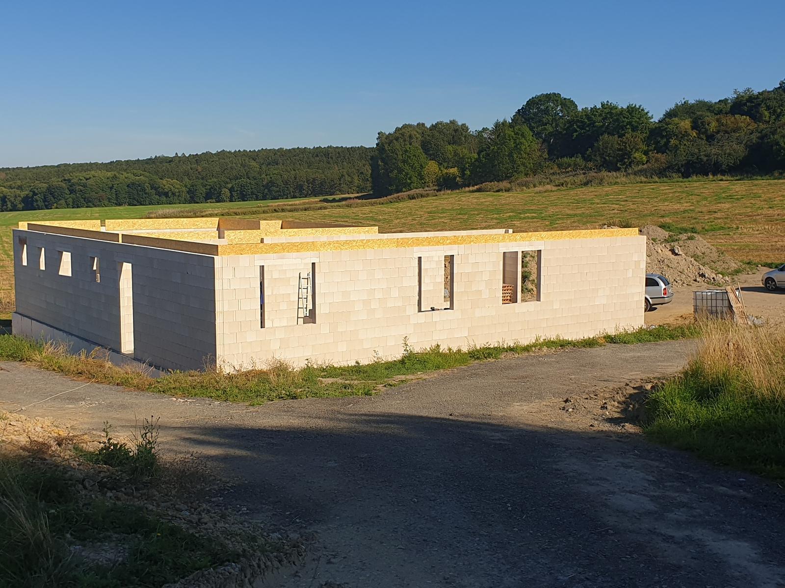 Bungalov s plochou střechou - Obrázek č. 86