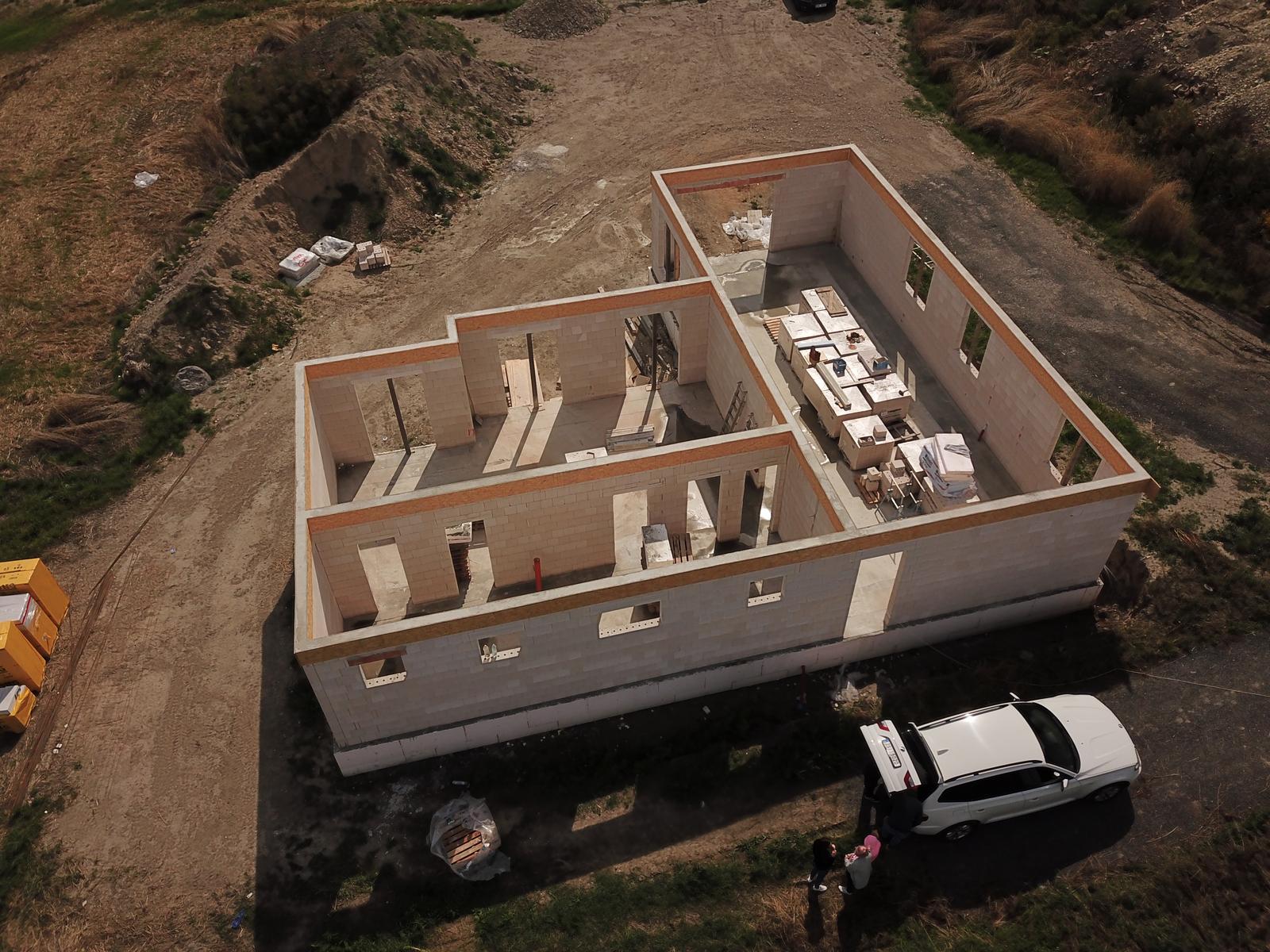 Bungalov s plochou střechou - Obrázek č. 87