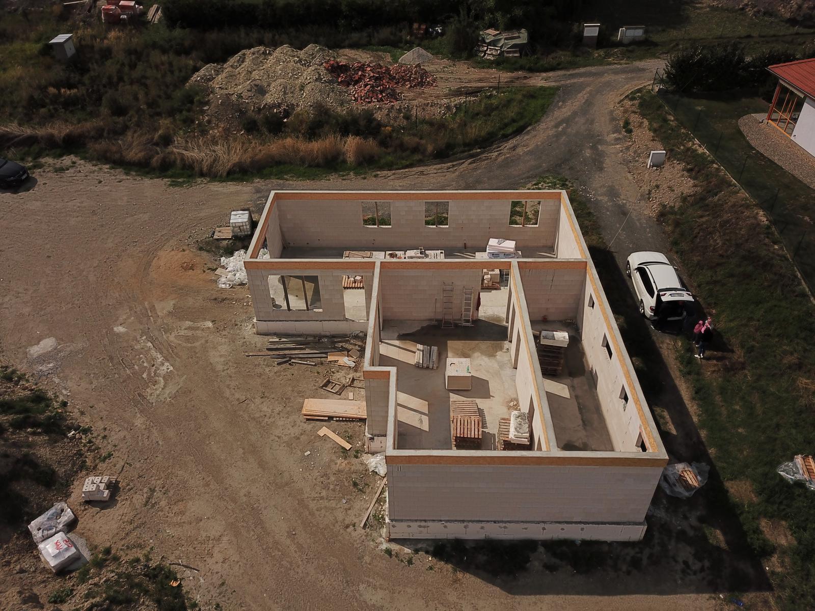 Bungalov s plochou střechou - Obrázek č. 88