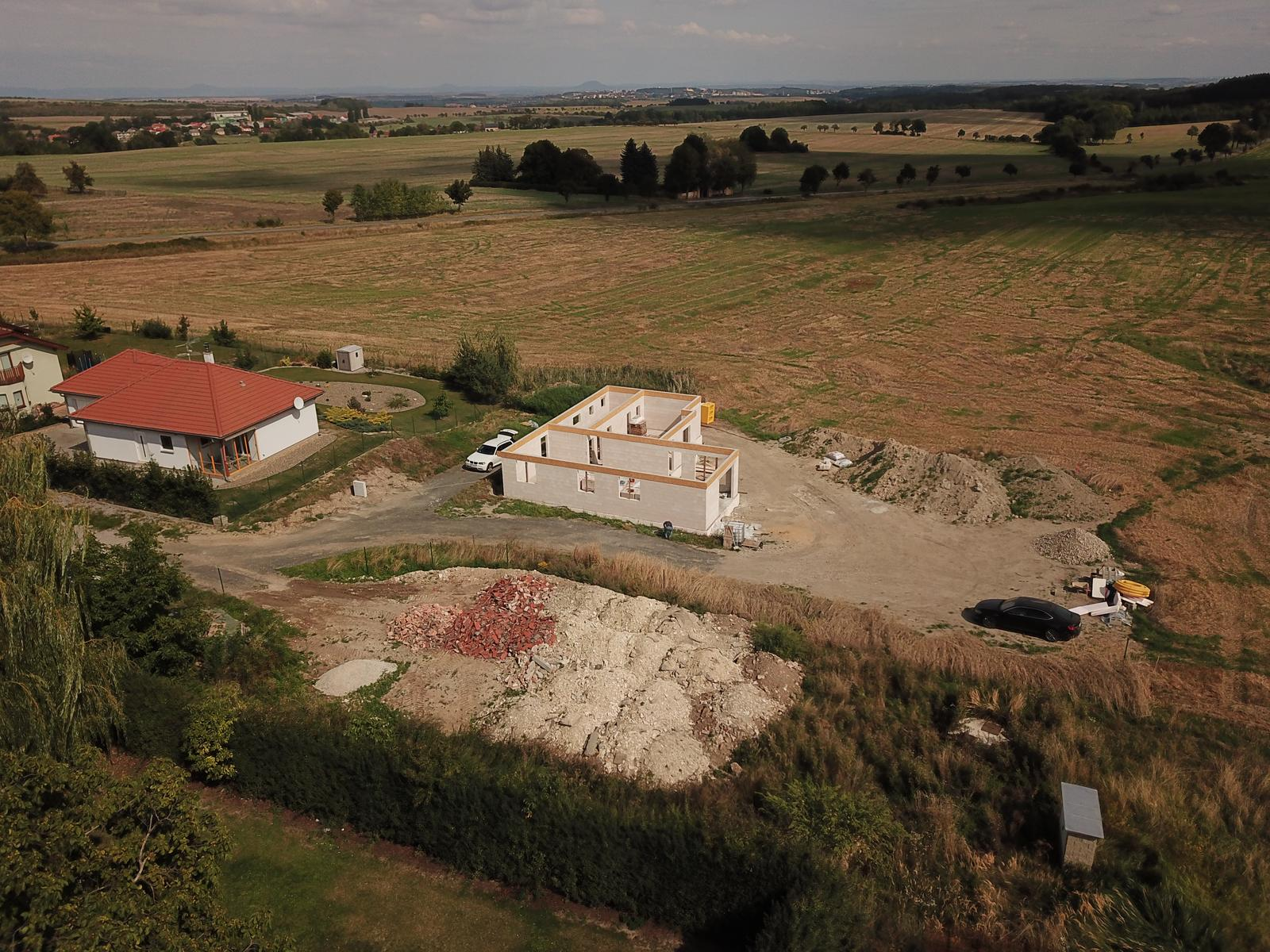 Bungalov s plochou střechou - Obrázek č. 92