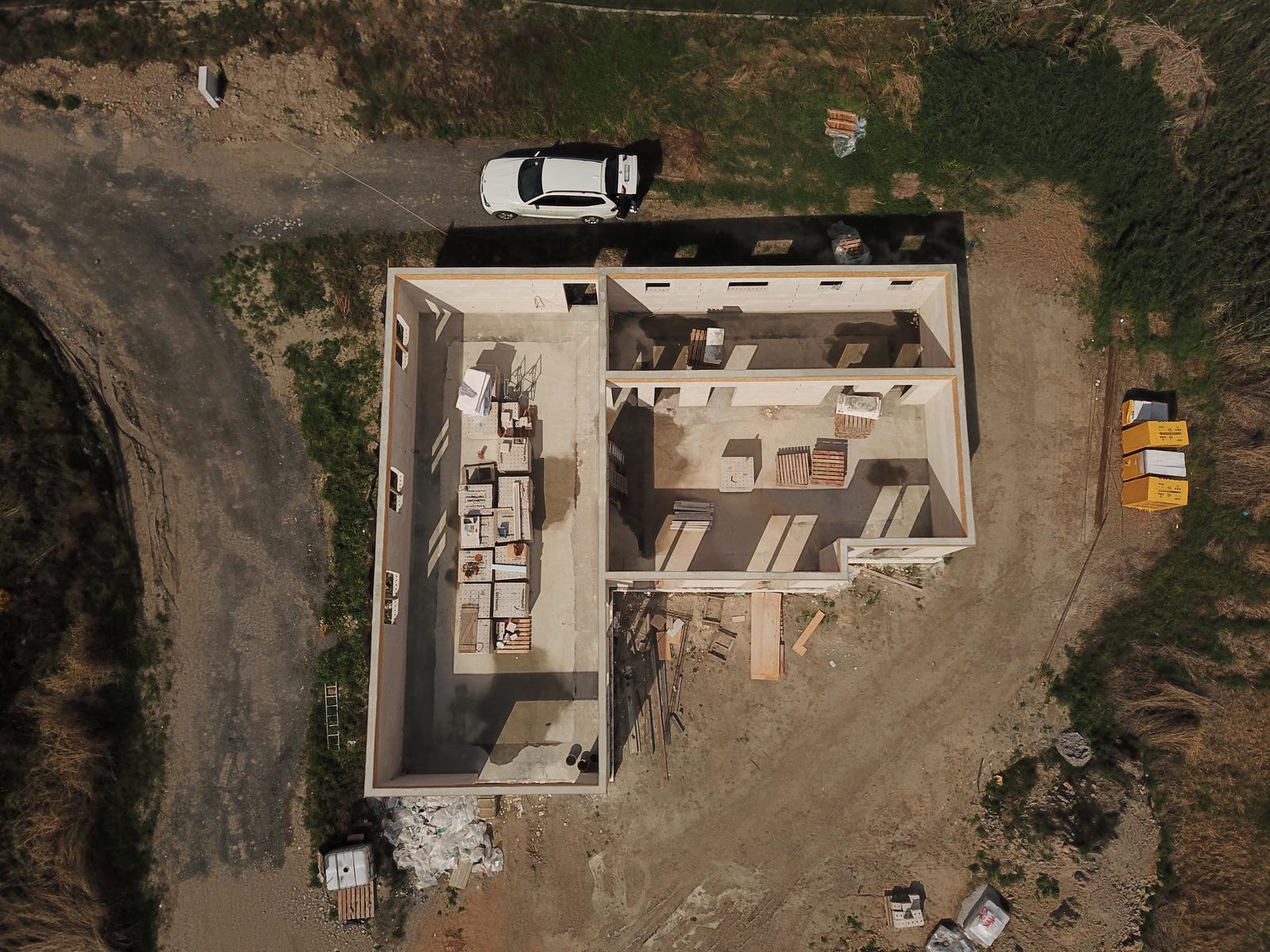 Bungalov s plochou střechou - Obrázek č. 94