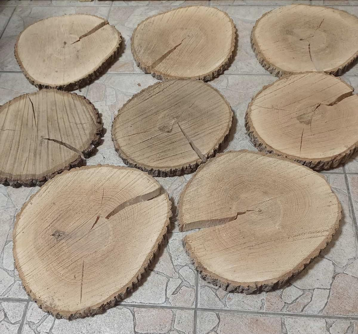 Dřevěné kulatiny / podnosy, průměr cca 30-32 cm - Obrázek č. 4