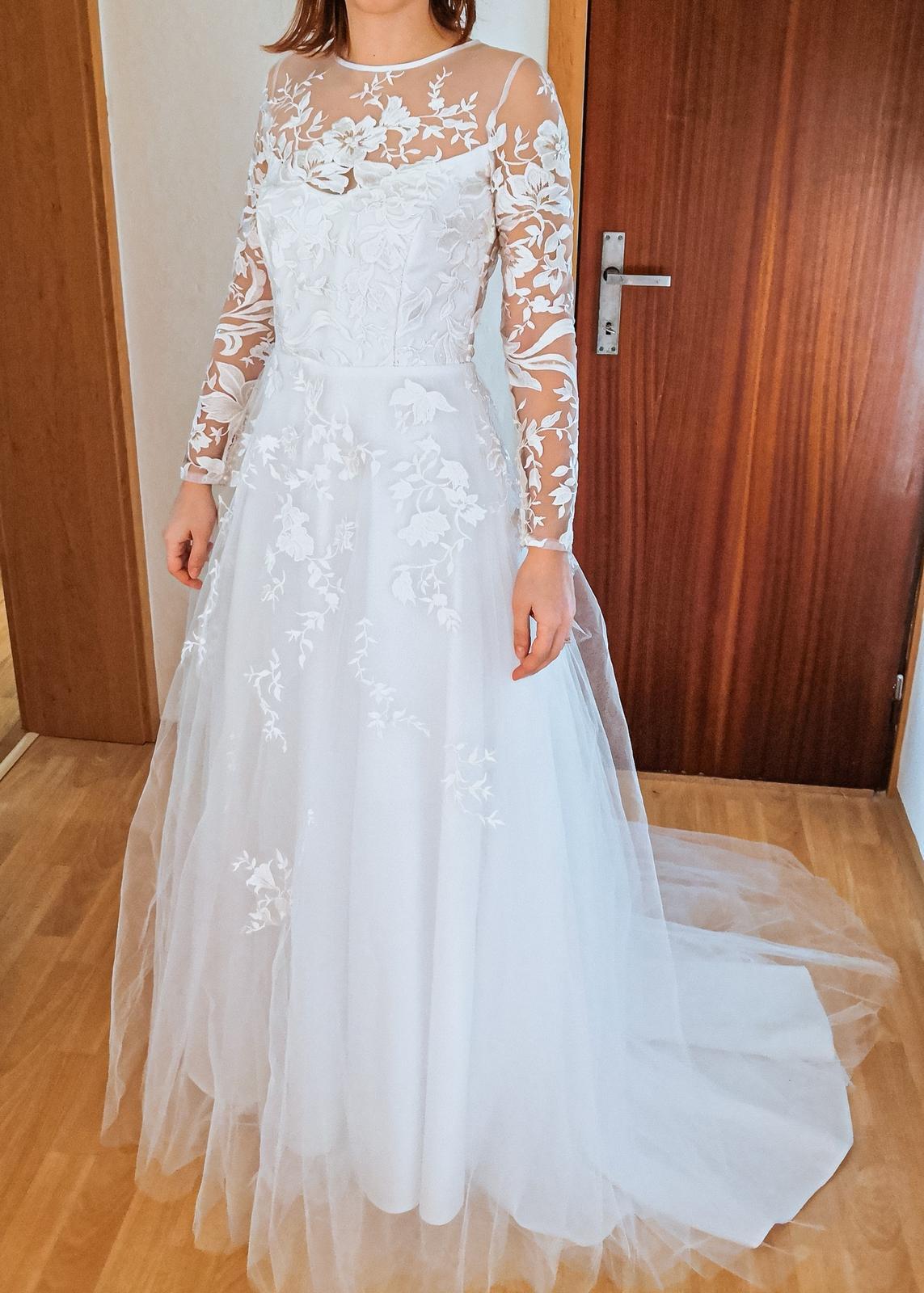 REZERVACE Svatební šaty - krajka, perličkY - Obrázek č. 1