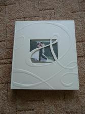 pořízeno album na svatební fotky