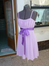 šaty na převlečení konečně hotové, nakonec se vůbec nepoužily