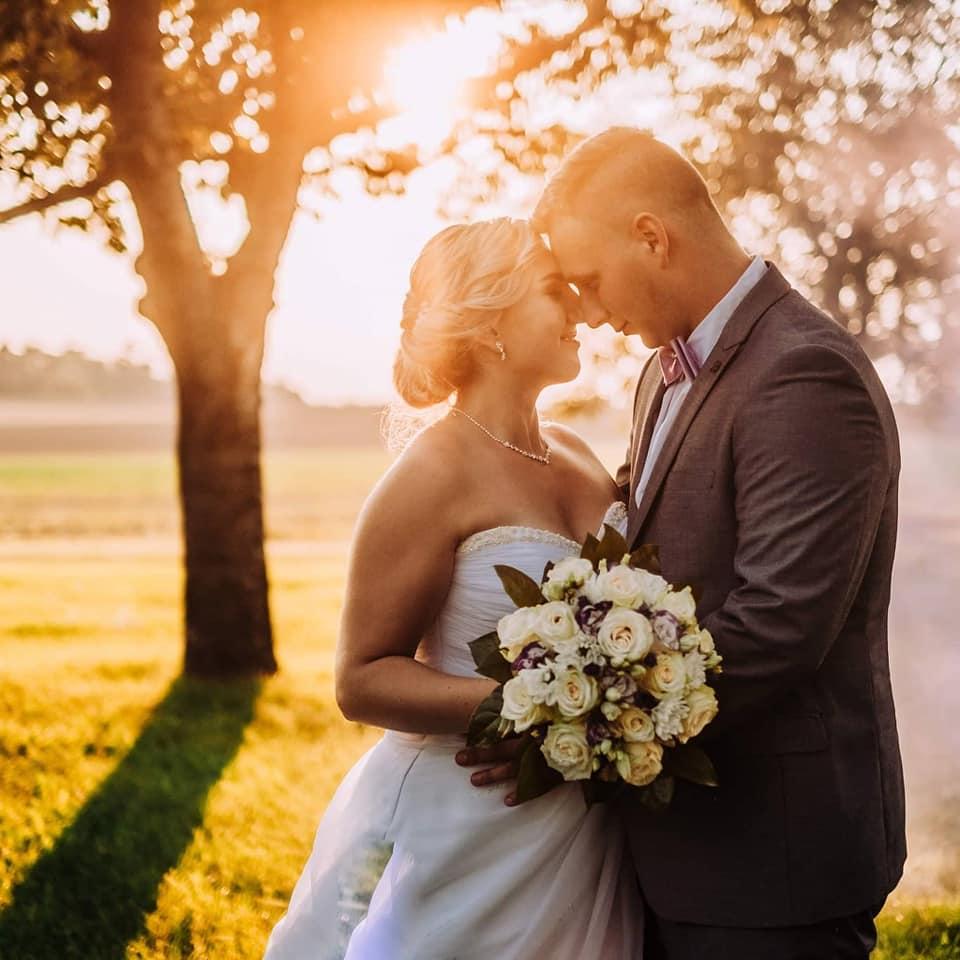 Svatební líčení a účes - Obrázek č. 6
