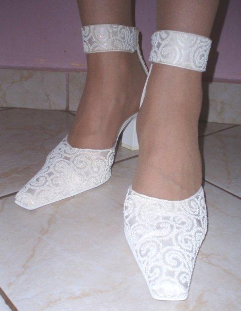 Máj 2009 - svadobné botky