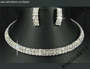 něco na krček- náhrdelník je opravdu nádherný, ale náušnice bych chtěla jiné