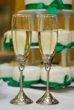 Moje krásne svadobné poháre z USA, som rada že prežili cestu na Slovensko :)