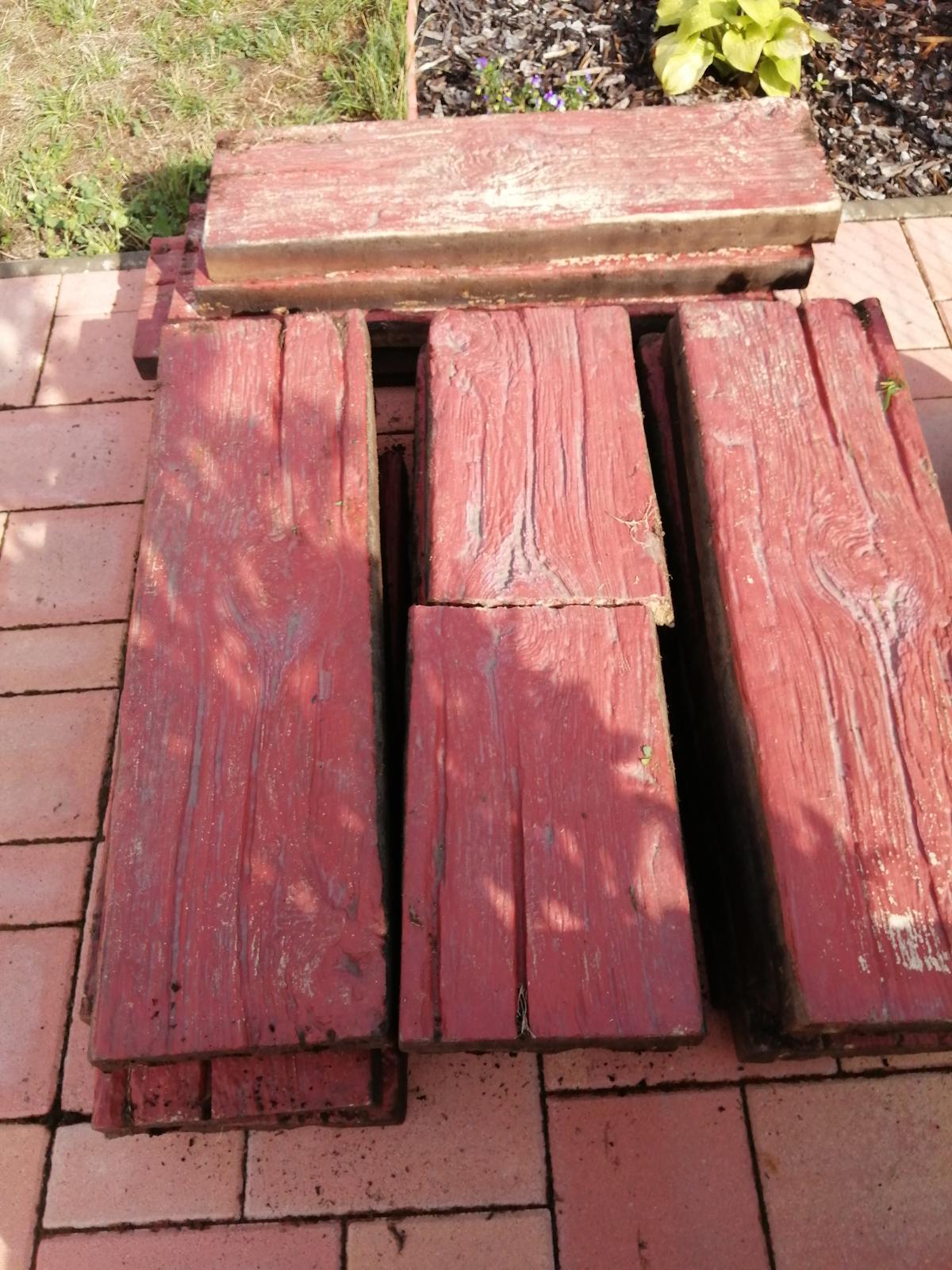 Betónové podvaly imitácie dreva - Obrázok č. 1