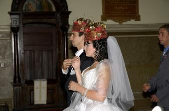 slavnostne korunky vo velkom Greckokatolickom kostole v Ke. sobasil otec Pavol