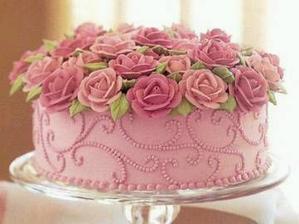 ... a ta něm takovýto dortík