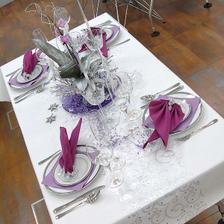 Naše svat.tabule, jen bílo-růžová a originál jmenovky,které teĎ vyrábím-dolaďuji, uf;-)