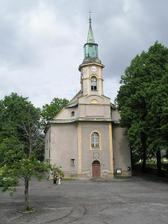 evangelický kostel návsí